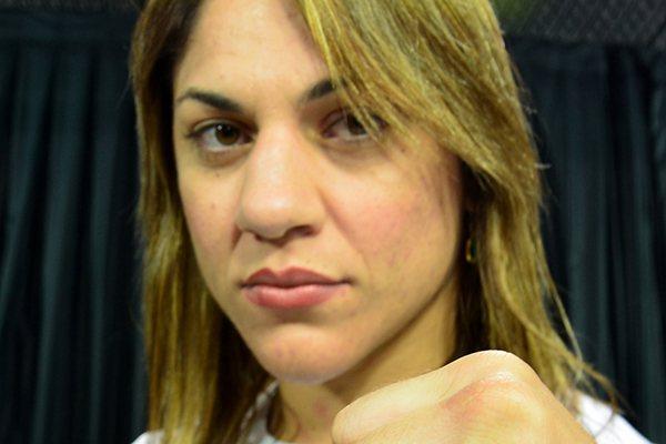 """Bethe derrotou as """"amigas"""" de Ronda Rousey e causou polêmica"""