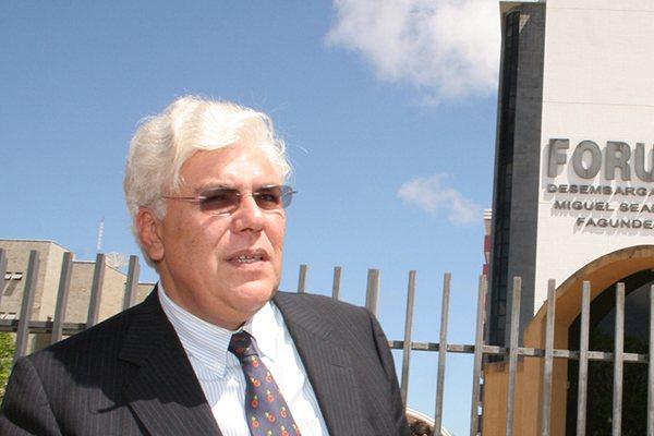 Ex-governador Fernando Freire foi preso sábado no Rio de Janeiro