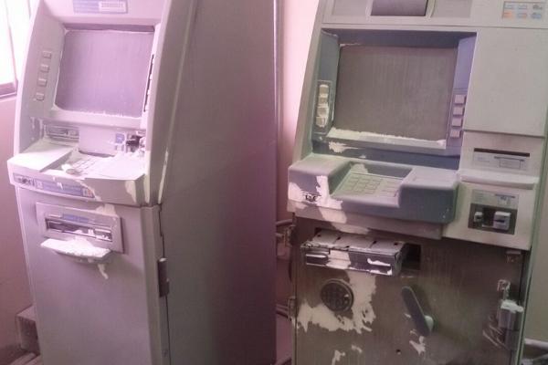 Quadrilha usou maçarico para abrir caixas eletrônicos no Centro Administrativo de Parnamirim