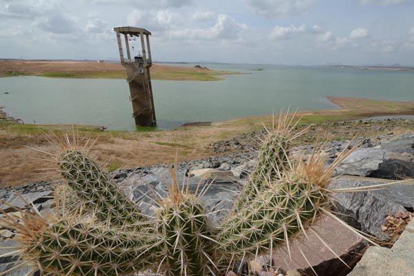 Armando Ribeiro: quando o volume de água chegar a 24% da capacidade, serão adotadas medidas restritivas. Hoje, percentual é de 26%
