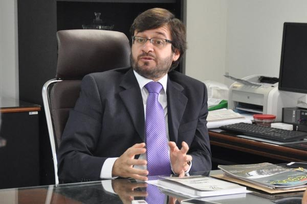 Resultado de imagem para conselheiro do Tribunal de Contas do Estado (TCE), Carlos Thompson