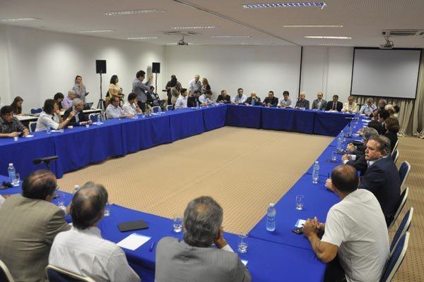 A bancada federal e empresários do Estado se reuniram no Sebrae para discutir propostas que possam favorecer o RN na escolha da Latam em relação ao hub