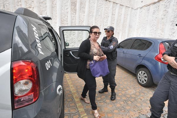 Procuradora-geral Rita das Mercês se prontificou a prestar todos os esclarecimentos após sua assessoria jurídica analisar os 40 volumes do processo aberto pelo MP