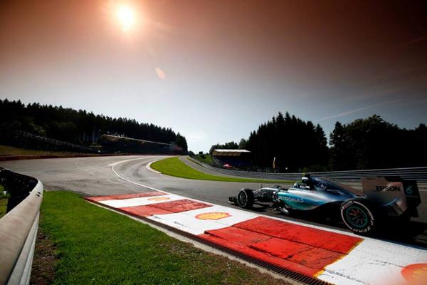 Lewis Hamilton ficou em primeiro no treino classificatório do GP da Bélgica