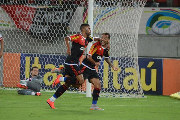 Com a vitória, o Flamengo chegou aos 32 pontos no Campeonato Brasileiro