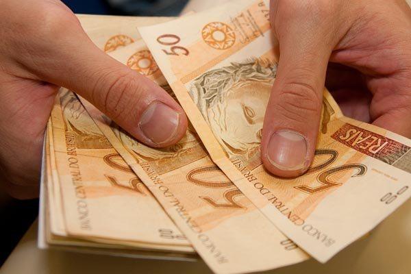 Essa é a terceira vez que o adiantamento do 13º salário – estabelecido em 2006 – será depositado com os benefícios de setembro