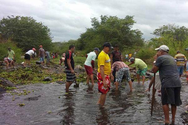 O rio Piranhas está com o seu nível abaixo do necessário para fornecer água