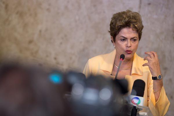 Presidente Dilma Rousseff: - Nos últimos anos, nós acumulamos um grande arsenal para reagir