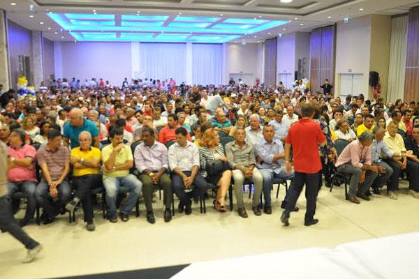 Diversas lideranças políticas participam do evento