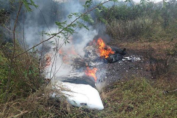 Ultraleve cai em Ceará-Mirim e deixa piloto ferido