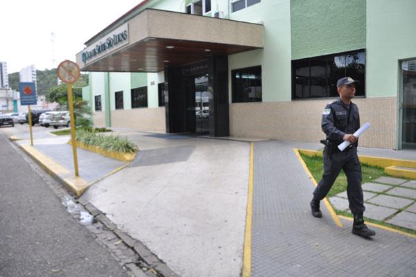 Fernando Freire está internado, com escolta da PM, no São Lucas