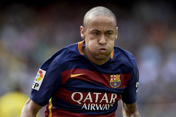O atacante Neymar foi expulso na Copa América e árbitro anotou agressão na súmula da partida