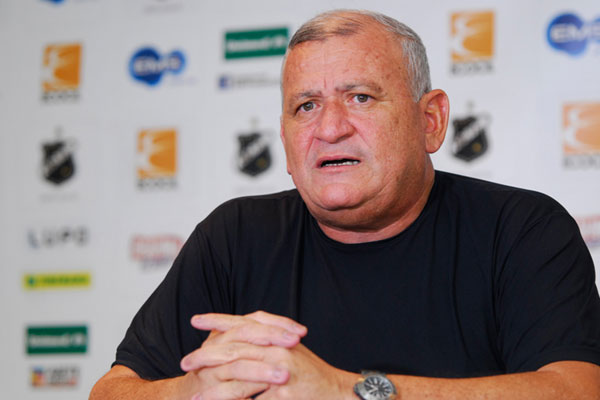 Flávio Anselmo diz que ABC corre risco de entrar em colapso financeiro
