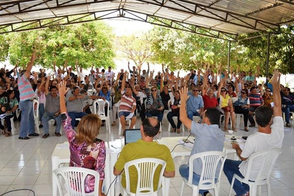 Servidores e professores da UERN decidiram manter a greve