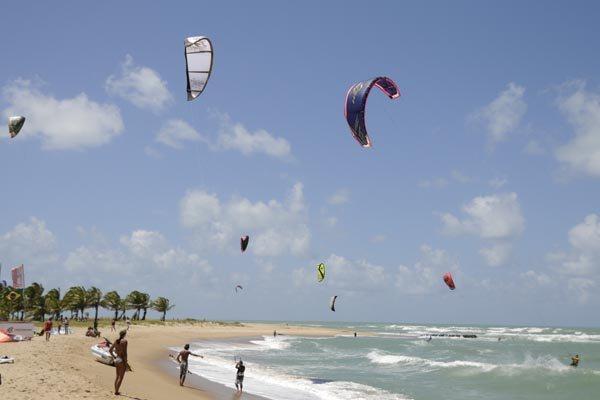 Praia de Barra do Cunhaú, litoral Sul do RN, recebe primeira edição do evento dias 10 e 11