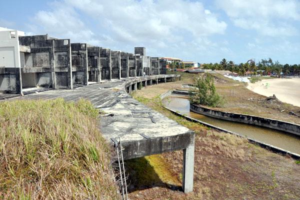Arituba Spa Center foi projetado para noruegueses, ingleses e holandeses. Está em ruínas