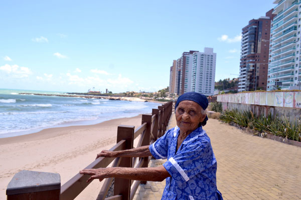 Joana tem 104 e tinha o sonho de conhecer o mar