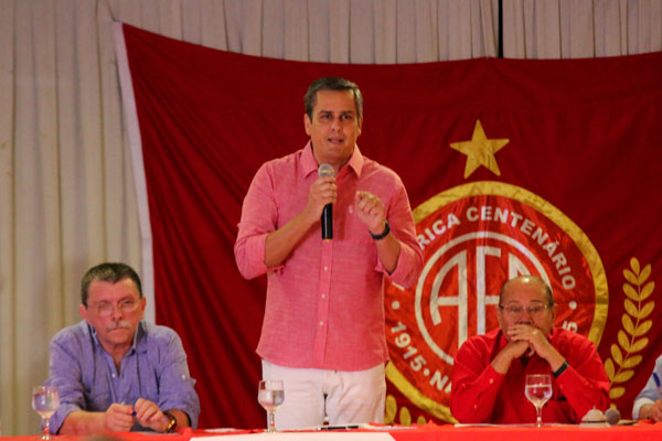 Beto Santos comentou sobre dificuldades que irá enfrentar e disse estar preparado para assumir