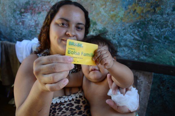 Aline Ferreira e sua filha fazem parte do programa em Natal