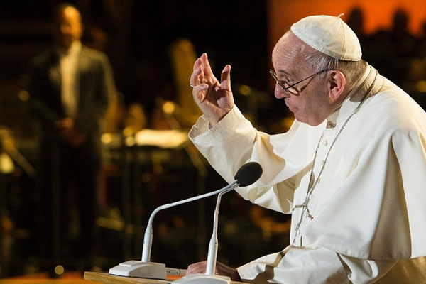 Papa considerou que publicação de documentos em livros é 'deplorável'
