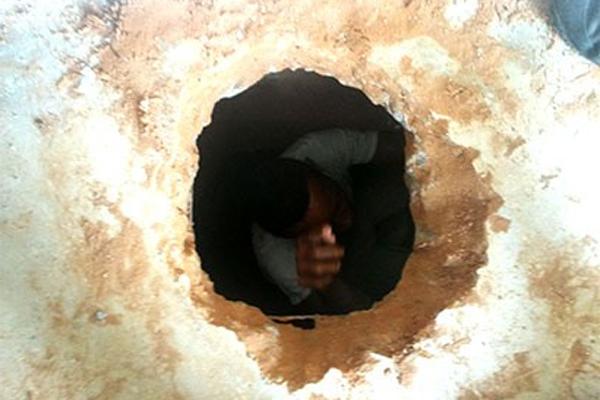 Túnel foi descoberto no pavilhão 2 da Penitenciária de Alcaçuz; Bombeiros e GOE suspeitam de que um preso teria sido soterrado