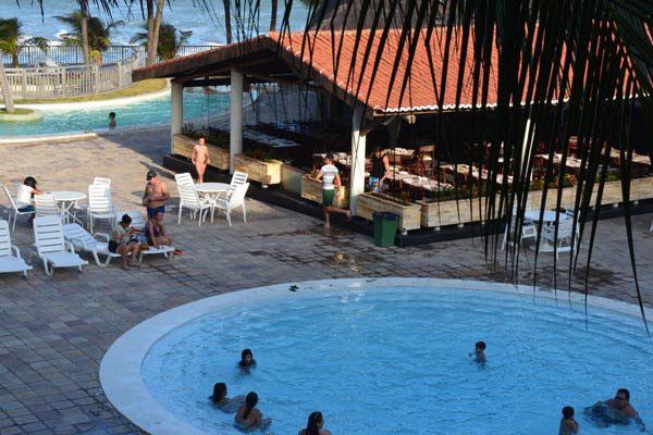 Área de lazer em hotel: Taxa de ocupação no setor cresce, mas é preciso avançar, diz ABIH/RN