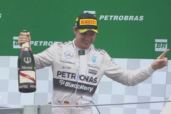 Nico Rosberg venceu pelo segundo ano consecutivo o GP do Brasil de Fórmula 1