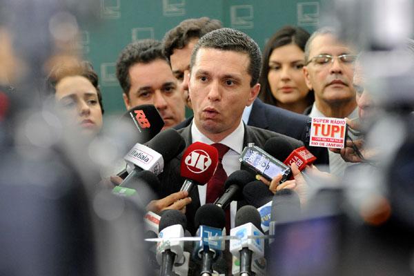 Fausto Pinato afirma ter indícios de que houve vantagens indevidas e informações falsas
