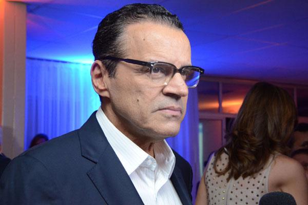 Henrique Eduardo Alves se colocou à disposição para prestar esclarecimentos para a Justiça