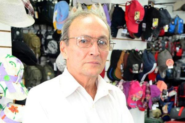 Denerval Sá afirma que o consumo caiu menos no Alecrim e que o comércio do bairro espera crescer no Natal