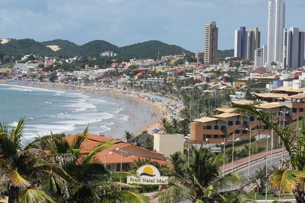 Ponta Negra, em Natal: Em itens como promoção e políticas públicas outras cidades estão na frente
