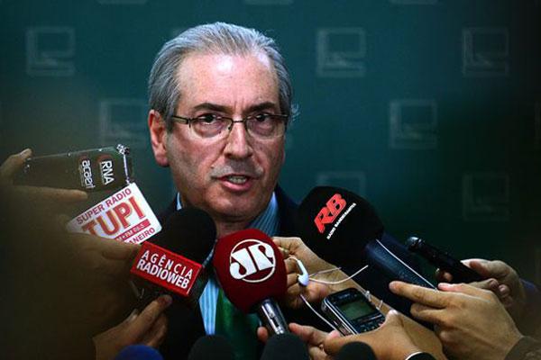 """Eduardo Cunha disse que há preocupação com a """"impossibilidade de candidaturas avulsas"""""""