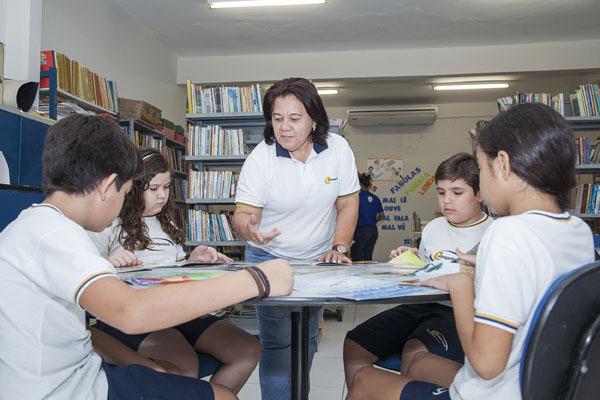 Processo de aprendizagem se tornou mais dinâmico, para a pedagoga Fátima Menezes