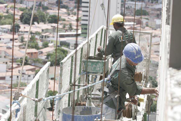 Fechamento de postos de trabalho deverá continuar em 2016