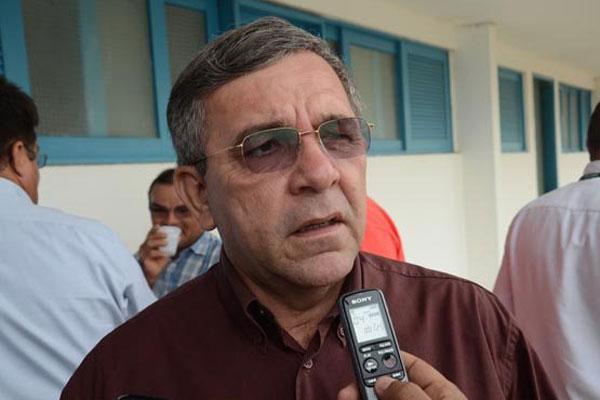 Roberto Germano destaca que 2016 começou com diversas incertezas para os prefeitos