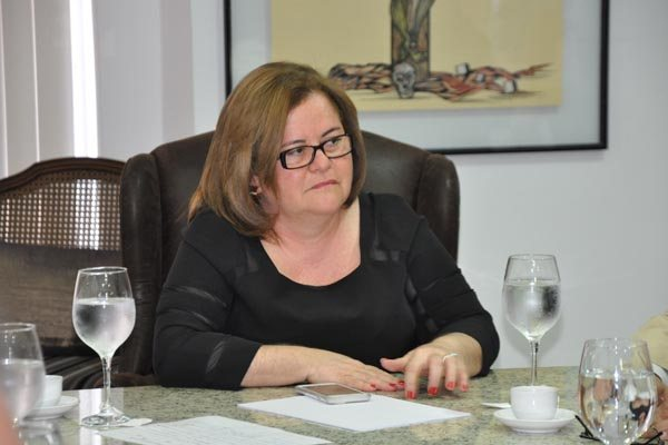 Tatiana Cunha disse que alguns processos sobre concursos tramitam entre a PGE e o Gabinete Civil