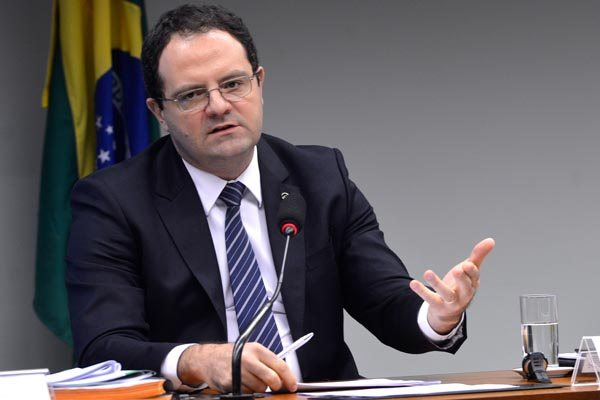 Plano de Barbosa é ampliar recursos sem conceder subsídios