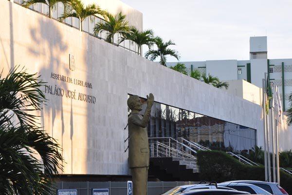 Ex-presidente da Assembleia, Ricardo Motta, explica que aumento no número de funcionários foi embasado em critérios técnicos