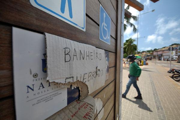 Resultado de imagem para Banheiros públicos de natal da orla marítima