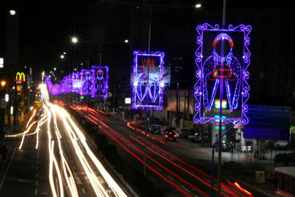 Prefeitura anunciou hoje o projeto vencedor do edital de Decoração Natalina 2016