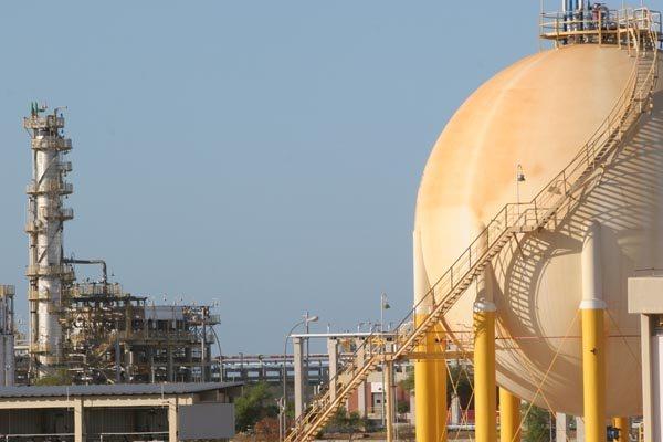 Imagem mostra a refinaria potiguar em 2009, quando foi oficialmente inaugurada em Guamaré