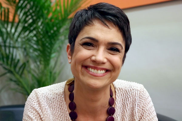 Sandra Annenberg é apresentadora do Jornal Hoje