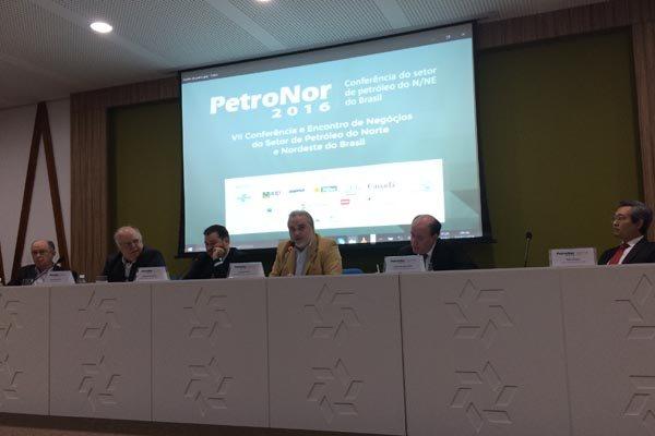Evento reuniu especialistas e empresas do segmento do petróleo