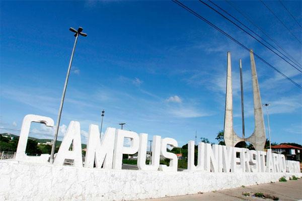 Resultado de imagem para banco mundial sugere fim do ensino superior gratuito no brasil