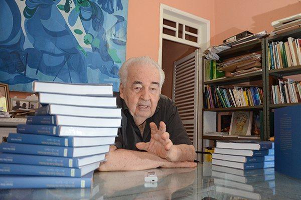 Dorian Gray tinha 86 anos e estava internado no Natal Hospital Center com pneumonia e problemas renais