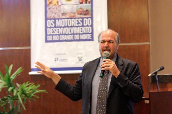 O sênior da ONU Habitat (agência das Nações Unidas voltada para assentamento humano), Alain Grimard, defende que as cidades precisam ser mais densas, compactas e conectadas