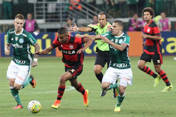 Palmeiras e Flamengo em ação em 2016