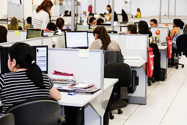 """""""O contador de hoje deve ter um olhar diferenciado, atuar como gestor e auxiliar o cliente na tomada de decisões"""", aponta Rui Cadete"""