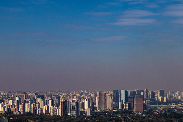 Alerta: 92% das pessoas respiram ar poluído, 3 milhões morrem por ano