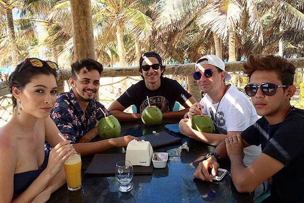 Pausa para almoço na Barraca e Restaurante Chega Mais Beach